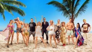 """Die zweite Staffel des Reality-Hits """"Promis unter Palmen"""" startet am Montag, 12. April 2021, um 20:15 Uhr auf neuem Sendeplatz in SAT.1."""